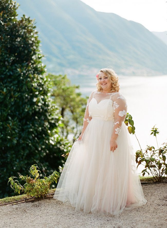 How to Plan An Intimate, Epic Lake Como Elopement : http://www.confettidaydreams.com/elope-to-lake-como-italy/