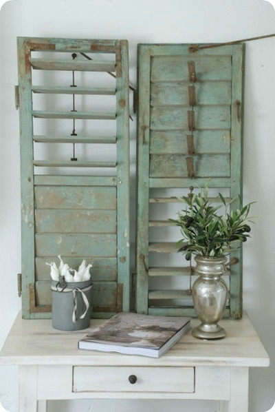 537 best upcycling windows shutters images on pinterest home ideas old windows and bricolage. Black Bedroom Furniture Sets. Home Design Ideas