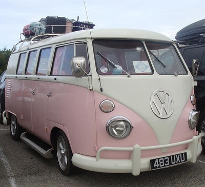 PERFECTION. My dad had this model VW bus, but in maroon. I wish he had passed it down to me and painted it pink. u_u ♡