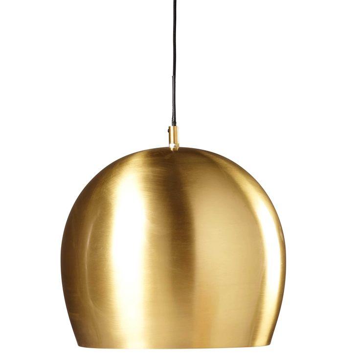Hängeleuchte aus goldfarbenem Metall in gealterter Optik D.31cm CLAYTON Jetzt bestellen unter: https://moebel.ladendirekt.de/lampen/deckenleuchten/pendelleuchten/?uid=9bada9dc-5482-5863-b393-aa2d0b7c61eb&utm_source=pinterest&utm_medium=pin&utm_campaign=boards #deckenleuchten #pendelleuchten #lampen