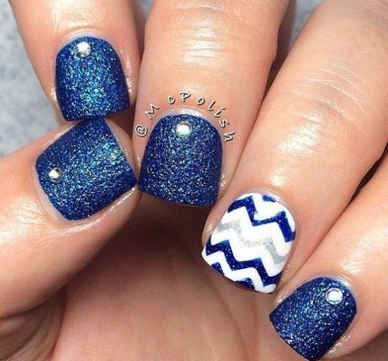 acrilicas cortas azules
