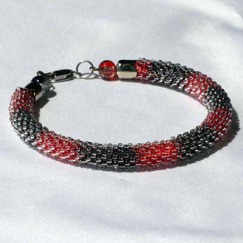 ru_knitting: Летние браслеты из бисера, связанные крючком