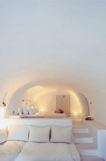 Camera bianca - Camera da letto stile marina nelle tonalità del bianco.