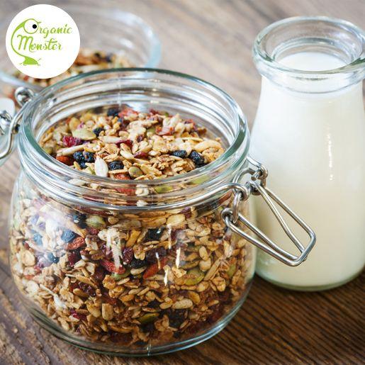 Hungry? Lets grab a snack! Granola dicampur susu bisa menjadi snack yang mudah kamu buat saat di kantor, Monsters!