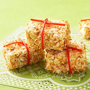 Horse party - hay bale treats (pound cake, coconut, licorice)