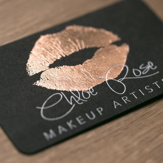 Elegant, sturdy, black #businesscards with rose gold & white #foil for a makeup artist. Trendy #design with a touch of sophistication.