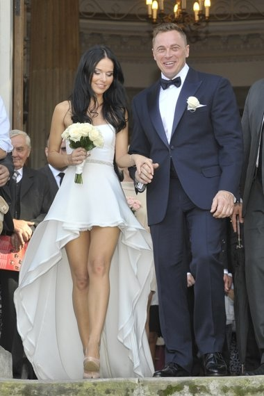 lovely wedding dress with a touch of slutty!