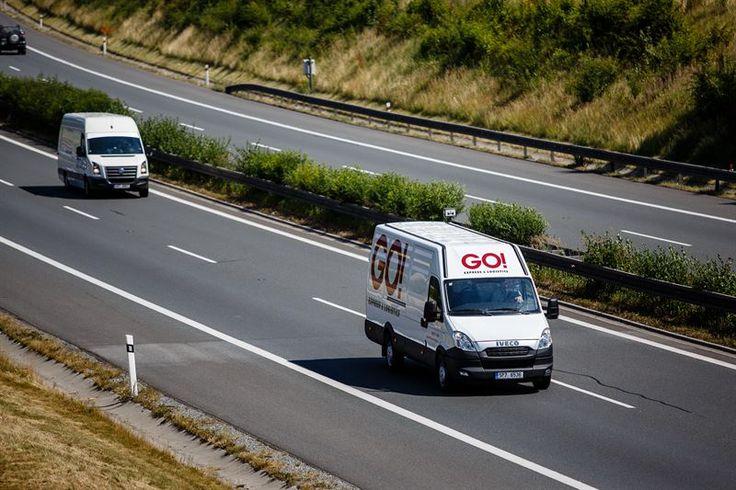 Co umí nejlépe v této přepravní společnosti? GO! EXPRESS & LOGISTICS nabízí svým klientům mezinárodní expresní a kurýrní služby. Vaše zásilky doručí do všech zemí světa. Jestli něco umí opravdu nejlépe, tak to jsou expresní přepravy po Evropě. Například celé Německo plošně obslouží nejpozději do 12:00 následující pracovní den a průmyslové oblasti dokonce do 10:00.