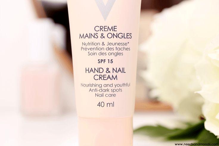 Sur mon blog beauté, Needs and Moods, je vous présente la nouvelle Crème Mains & Ongles de la gamme Ideal Body de Vichy.  http://www.needsandmoods.com/creme-mains-ongles-vichy/  #vichy #crème #mains #ongles #beauté #blog #blogueuse #blogger #beauty #BeautyBlog #BeautyBlogger #cosmetics #IdealBody #agencekalioshka @agencekalioshka