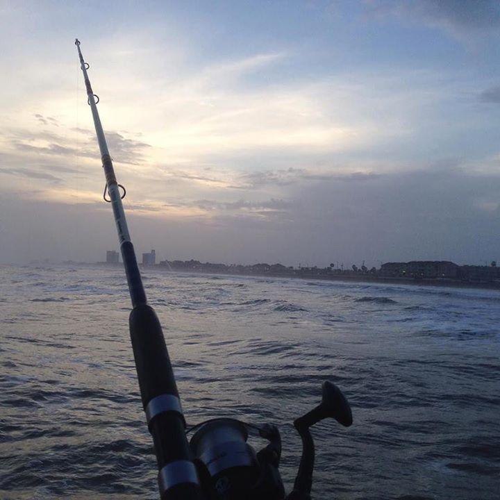 #fishing #firsttimeinmylife #galveston #texas #civilyounggeneration #바다낚시 #갤버스턴 #매운탕을위하여 #인생첫낚시 http://ift.tt/1kX8abx #fishing #61stpier #pier #pierlife #galveston #TX #Texas #dock #gulfofmexico #fish