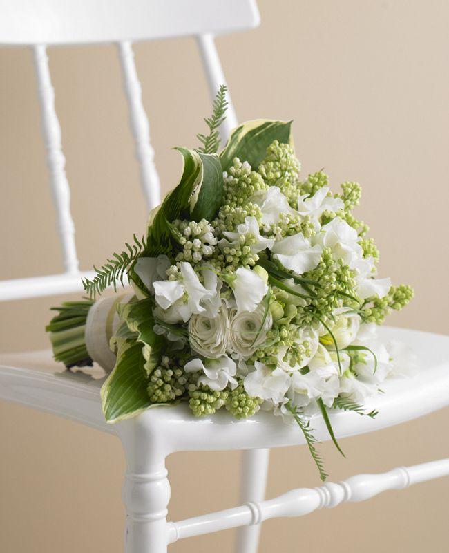 White  Green bridal bouquet // Photo: Philip Ficks