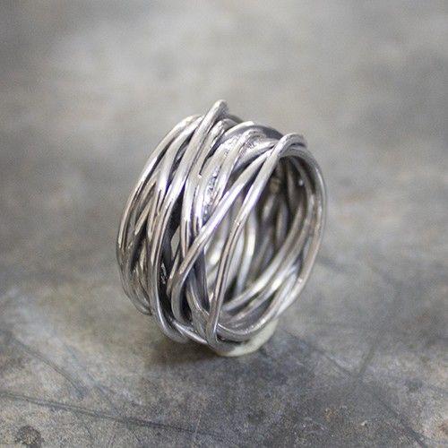 18799 - Ring met gewikkeld geoxideerd zilver