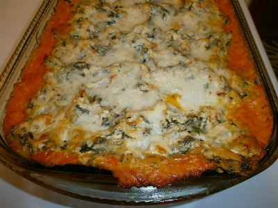 looks so yummy!: Red Pepper Sauce, Recipe, Red Peppers Sauces, Dinners, Cooking, Delicious, Lasagna Dishes, Chicken Lasagna, Roasted Red Peppers