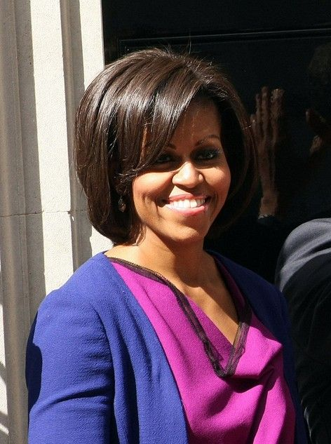 Medium length hairstyle with layers - Michelle Obama