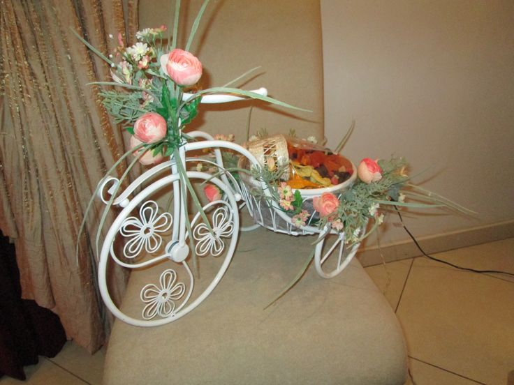 bicycle, flowers, dry fruit
