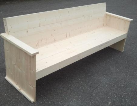bank van geschaafd steigerhout