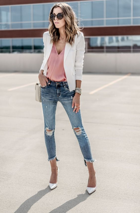 Looks com Blazer: A Peça-chave do Guarda-Roupa Feminino em 2020 | Blazer branco feminino, Blazer feminino, Looks blazer branco