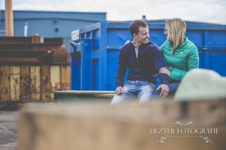 Loveshoot ideas, Prewedding shoot, Couple, Loveshoot poses, Hezter Fotografie, Photography loveshoot, Industrial