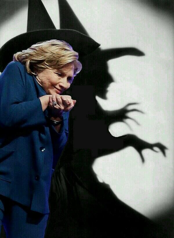 Hillary Clinton Above the law that the rest of us are required to abide by. Corrupt!! VOTE TRUMP!!!!