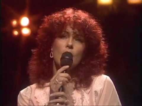 Super Trouper - ABBA -  HQ (Live Stockholm, Sweden '81 - Dick Cavett)