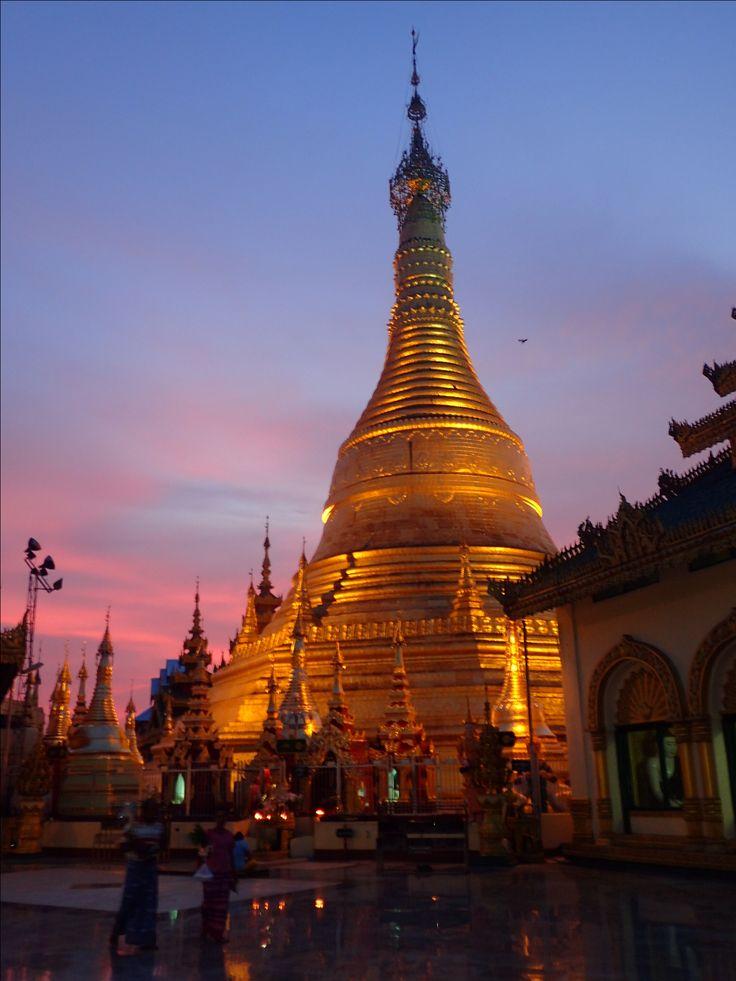 Shwemokhtaw Pagoda, Pathein