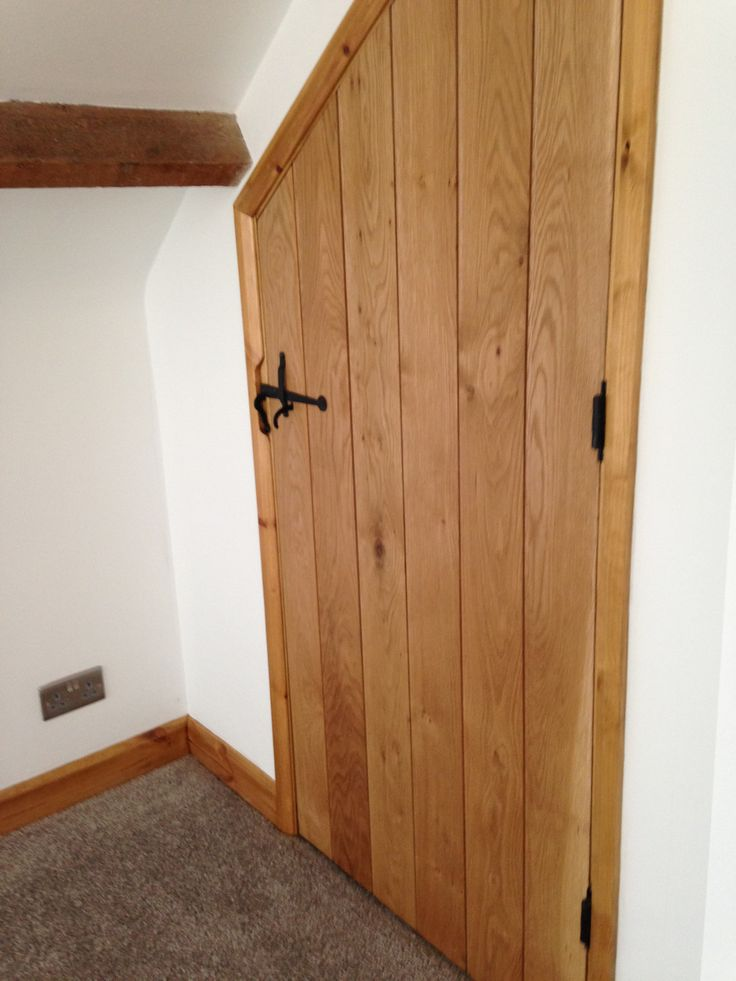 how to hang a ledged and braced door 2