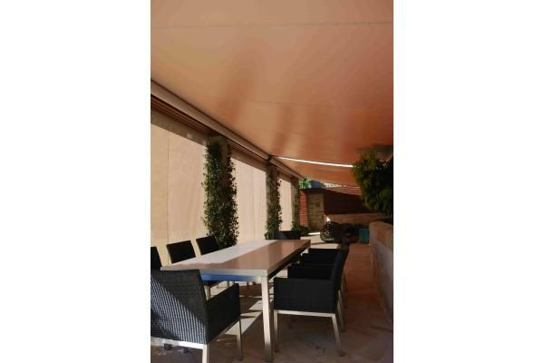 Outrigger Awnings - Retracting Awnings