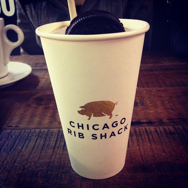 amylouisenewman @hvwarren has got Oreo Shake envy #oreo #chicagoribshack