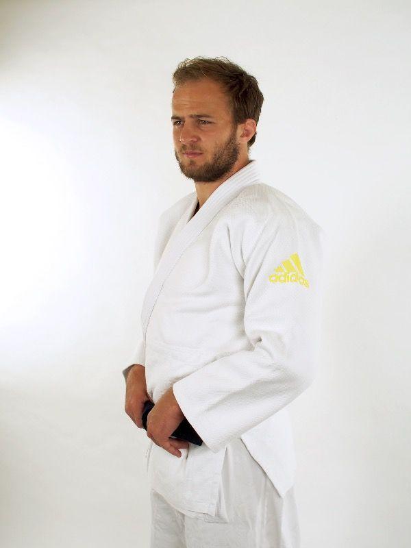 Kimono de judo adidas millenium jaune - J990