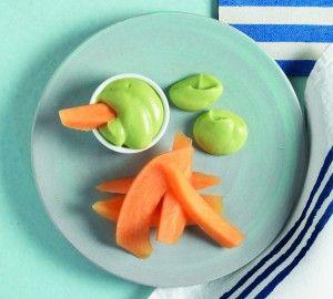 Crema di avocado con melone  http://www.lacucinaitaliana.it/ricetta/dolci-e-dessert/crema-di-avocado-con-melone/#step-1