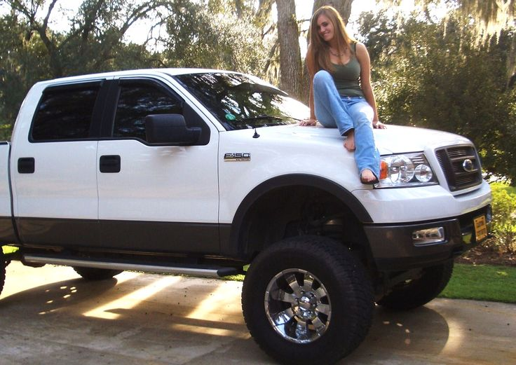 White 2005 Ford F150 Lifted Truck