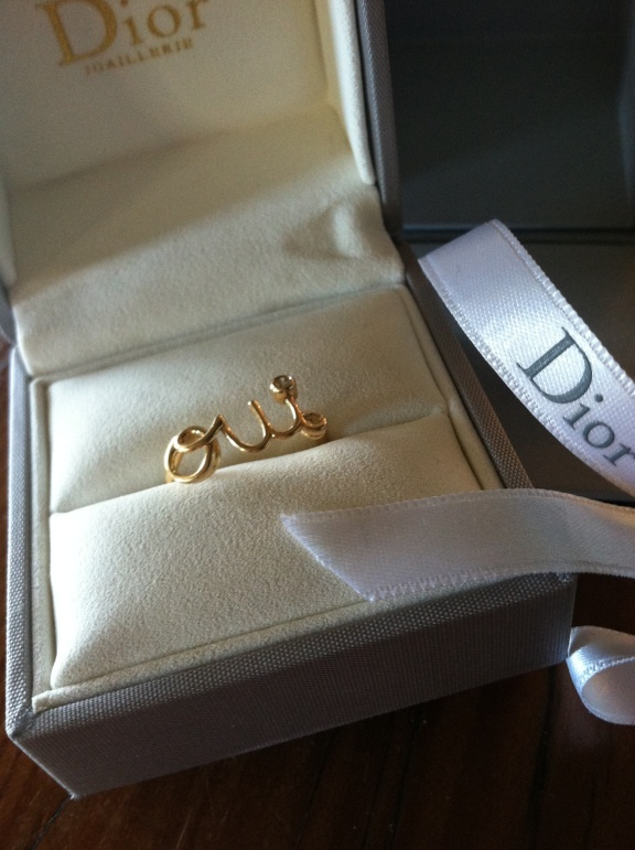 Christian Dior OUI ring