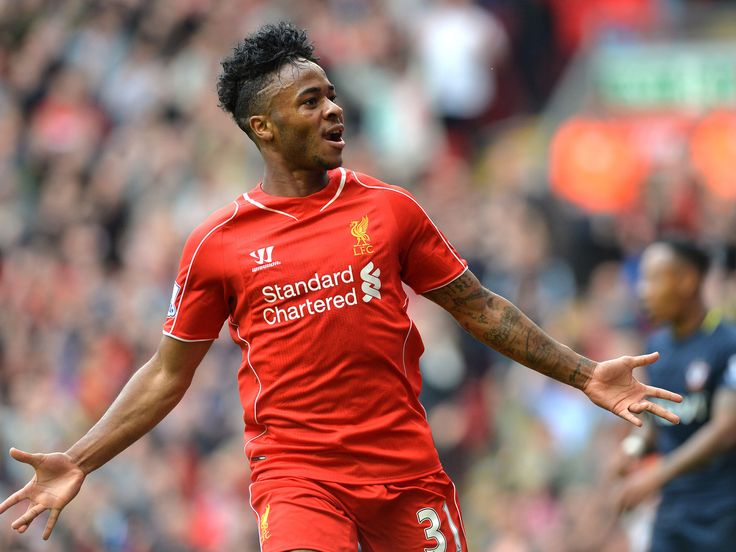 Sterling tells Liverpool he wants to leave.