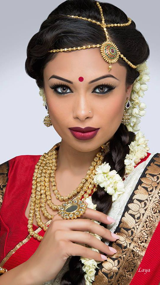 LAYA; creative and different tikka to match her hair parts.  #IndianWedding, #SouthAsianWedding, #ShaadiShop