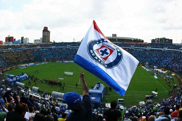 Ver al cruz azul campeón en el Estadio Azul
