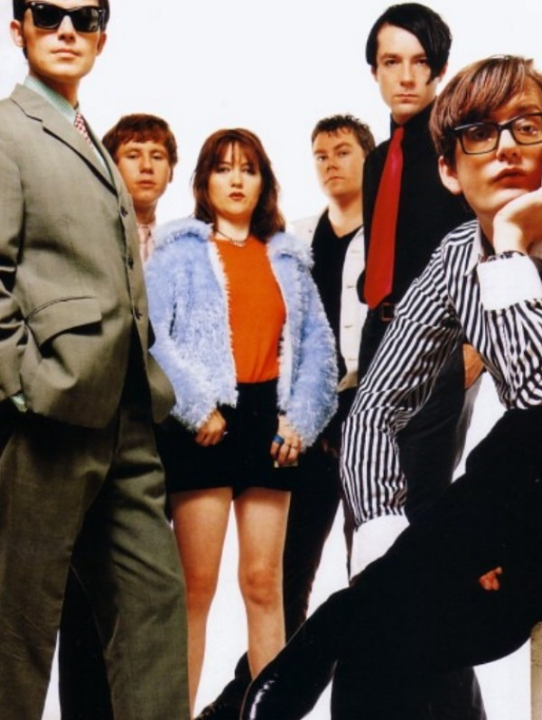 Pulp are one of those bands you listen to when wearing matching underwear, heels and drinking red wine out of the bottle and chain smoking menthols. I say this, I've never actually done it but it's my dream one day to do so. Pulp are the bomb.