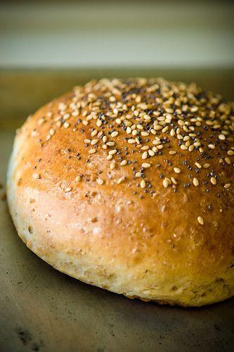 homemade burger buns: Food Recipes, Burgers Buns, Turkey Burgers, Hamburg Buns Recipes, Homemade Hamburg Buns, Breads Recipes, Hamburger Buns, Super Bowls, 4Th Of July