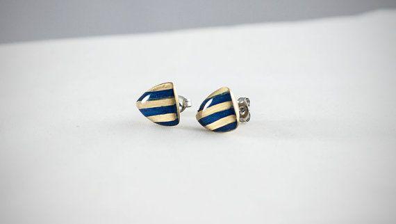 #handmade #heraldic #earrings #thesilverlance #etsy