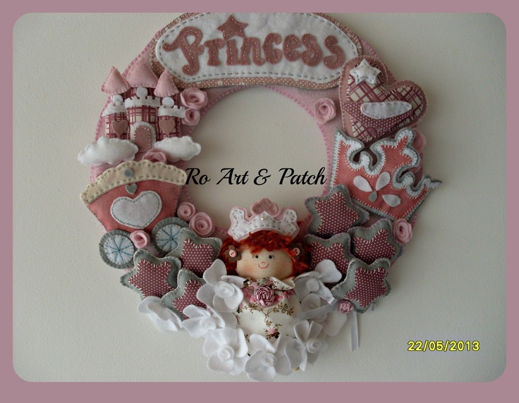guirlanda rosa: Feltro Ii, Project, Hermosooo Felt, To My, Felt Wreaths, Fieltro Nombres, Felt Crafts, Guirlandas Felt, Try