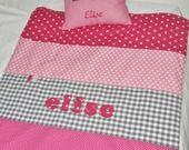 Prénom couverture bébé personnalisée brodée rose gris cadeau naissance : Puériculture par lbm-creation