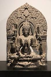 Saraswati idol carved of black stone from Chalukya dynasty (12 century CE). Idol on display in Prince of Wales Museum, Mumbai.