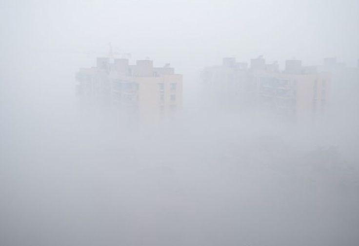 Ano Novo Lunar nebuloso na China | #Alerta, #AnoNovoChinês, #Congestionamento, #FogosDeArtifício, #LuChen, #Nevoeiro, #Poluição, #Tensão, #Tráfego