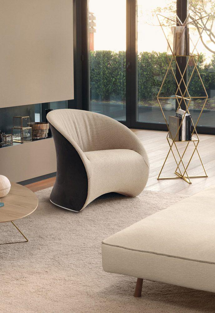 Le Midi Lounge Chair, Contemporary Living Room Design At Cassoni.com · Zeitgenössisches  WohnzimmerWohnzimmerentwürfeLounge StühleArmlehnenPolsterhocker ...