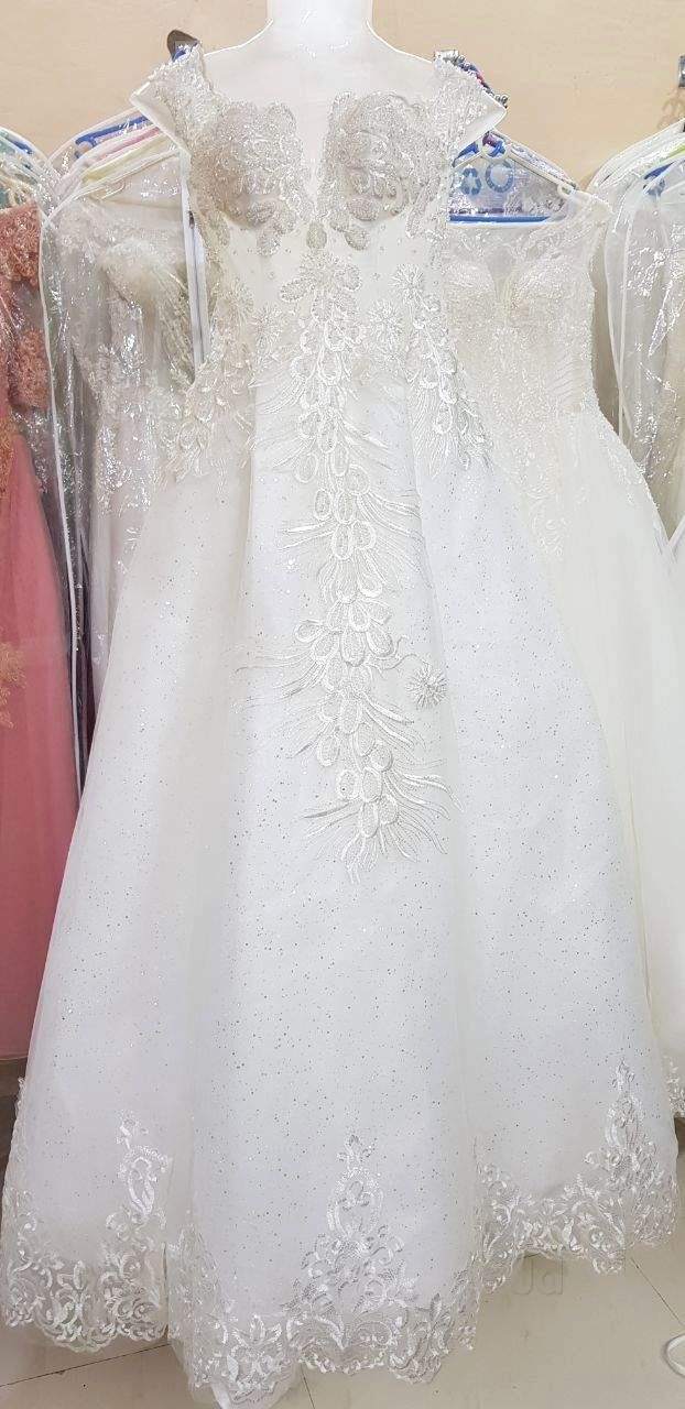 How Much Does Dry Cleaning Cost For A Wedding Dress Luxury Zuhair Murad Wedding Gown In 2020 Zuhair Murad Bridal Wedding Dresses Zuhair Murad Wedding Dress Inspiration