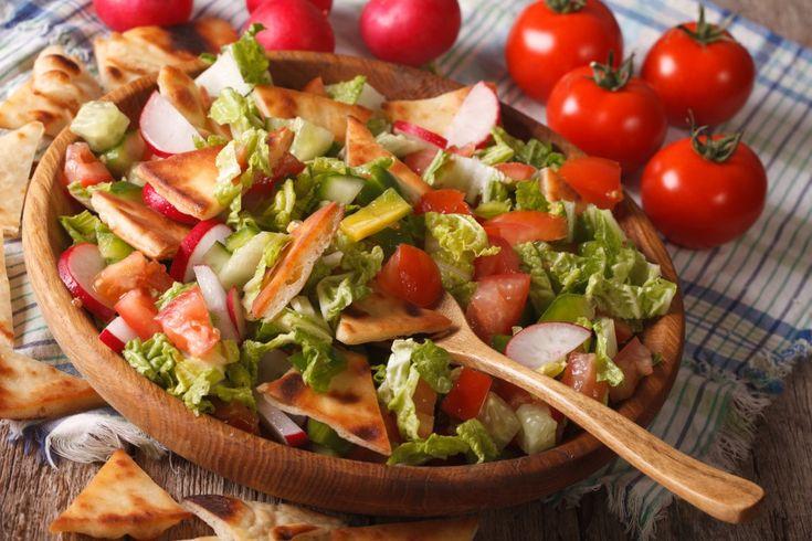 Salată Fattoush - Retete culinare - Romanesti si din Bucataria internationala