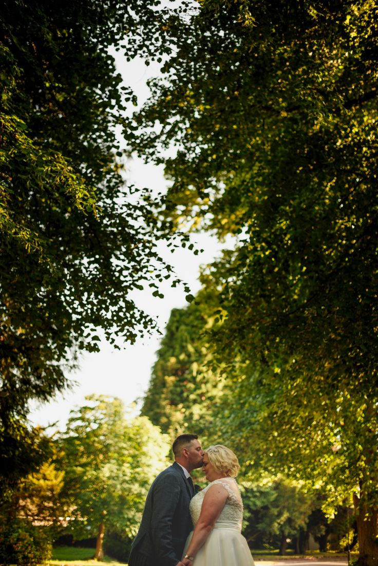 Nicola & Mark's sneak peek - Dunblane Hydro wedding photographers Check more at http://toptablephotography.com/nicola-marks-sneak-peek-dunblane-hydro-wedding-photographers/