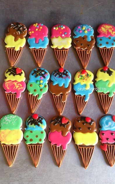 アイスクリームとカップケーキのアイシングクッキー | アイシングクッキーおかしのこびとのブログ