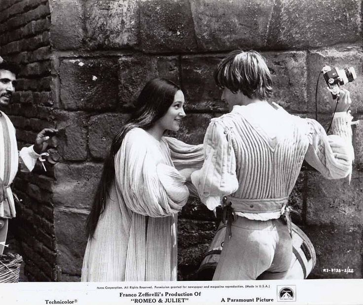 """5 Lessons of Love in Shakespeare's """"Romeo & Juliet"""" 