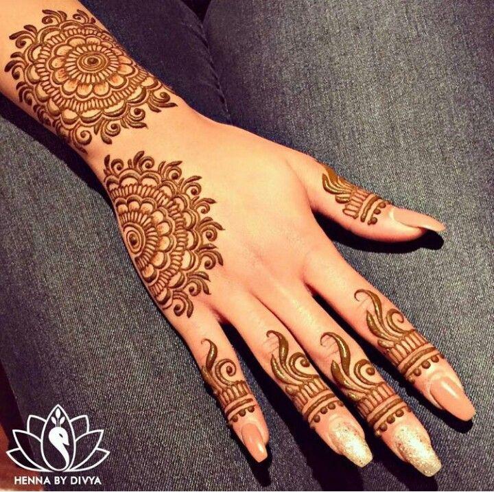 Cute henna design
