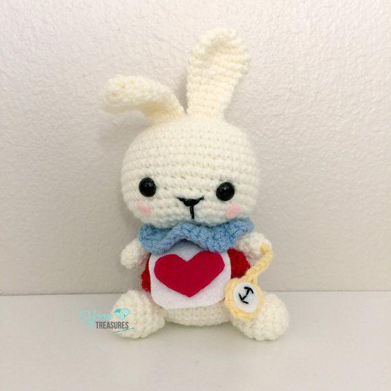 Ganchillo amigurumis muñeca de conejo blanco por YarnTreasures2014